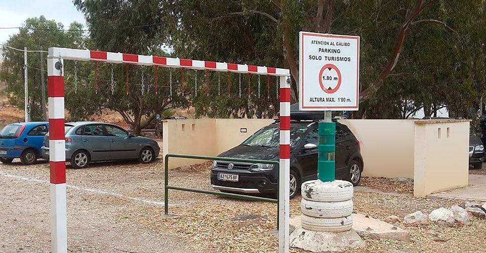 Parking-tau